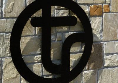 TR_LogoWall